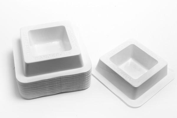 Anti souris coupelles d'appâtage carrées